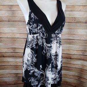 California Dynasty black & white nightgown Lg